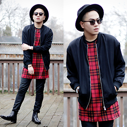 Marc Bueno -  - Red Tartan + Christmas Giveaway $200 Gift Card!