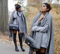 Kavita D - Missguided Cowl Knit Sweat - Central Park