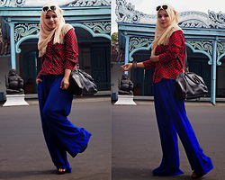 Noni Zakiah H. -  - BLUE N' RED