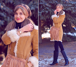 Anastasia K. - Barashek Style Sheepskin Coat, Juicy Couture Bag, Alba Boots, Lamer Watch, Master Chu Headband - My cozy winter. )