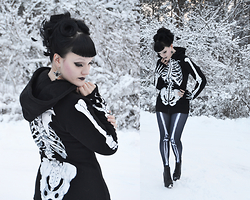 Ventovir -  - Skeleton woman