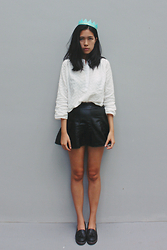Yie W - Taobao Shirt, Asos Loafers - Complete