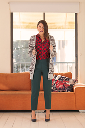 Reut Shechter - Paper Tee Top, Zara Pants, Forever 21 Cardigan, Clara Barnson Heels - Mix and Success