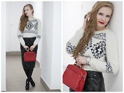 Sandra Saimon - Zolla Sweater, Accessorize Red Handbag - Inspired by Ulyana Sergeenko fw 2014-2015