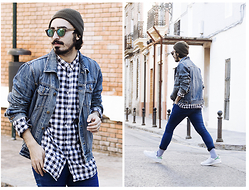 Charlie Cole - Vintage Denim Jacket, H&M White And Blue Print Shirt, Bershka Skinny Blue Jeans, Adidas Stan Smith - SMITH, STAN SMITH.