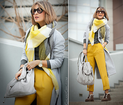 Galant-Girl Ellena - Stella Mccartney Backpack - Happily Yellow! (yes - AND gray)...