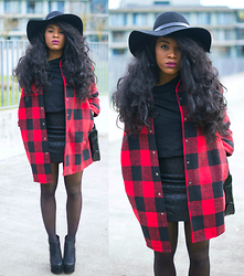 Wallace Yolicia - Neiman Marcus Milly Quilted Banded Leather Miniskirt, Lookbook Store Red Tartan Coat, Neiman Marcus Cusp By, Topshop Floppy Wool Fedora Hat, H&M Wedge Heel Boots, Elizabeth Arden Ceramide Ultra Lipstick, Cassis 1 - TARTAN JE TE TIENS