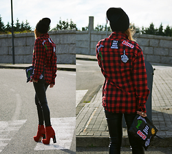 L A - High Heels Suicide Cool Patch Flannel, High Heels Suicide Cool Patch Clutch - STEP OUT THIS REDLINE