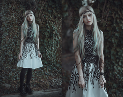 Anya Anti - Leaves Lace Dress, Dr. Martens Patent Leather Boots - And leaves will grow