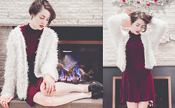 Ama Hatheway - 90's Bias Cut Mock Neck Burgundy Dress, White Vintage Faux Fur Shag Cardigan, Silkies Pearl Pantyhose, Go Scratch It Half Moon Nail Wraps, Faux Reptile Skin Tassel Loafers - ::: ! Happy Xmas ! :::