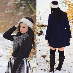 Lexi Hoffman - Michael Kors Coat, Flourish Scarf, Forever 21 Skirt - Stripes and snow.