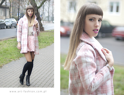 Matti Su - Bit Coat, Christian Dior Bag - In the light pink