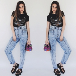 Christine Bourie - Total Recall Vintage Harley Tee, Acid Reign Vintage High Waist Wash Jeans, Buffalo Chunky Platform Sandals, Total Recall Vintage Woven Pouch Purse - Biker babe.