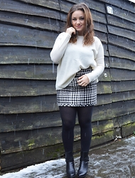 Anna Kotch - Zara Sweater, Superstar Skirt, Unisa Shoes - Good Girl