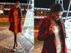 Cátia Sousa - Privee Red Coat, Bcbg Dress, Modern Things Bodychain - After Xmas