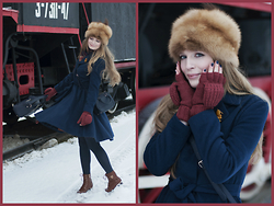 Sandra Saimon - Zarina Flare Skater Coat, Accessorize Bag, Accessorize Gloves, Kari Boots - Going on winter vacation