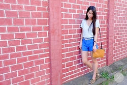 Zaira Chan - Love Eyecandy Bag, Gap Vneck Tee - Year End Chill