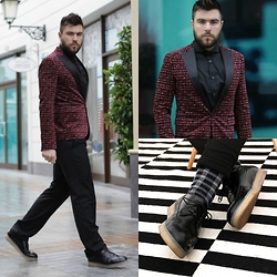 Gabriel - Dsquared2 Blazer, Hugo Boss Pants, Gianfranco Ferre Shirt, Calzedonia Socks, Diesel Shoes - Festive