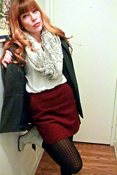 Emily L - Bp. Faux Fur Scarf, H&M Corduroy Pencil Skirt, Houndstooth Tights, Diba Ivory Laceups - Furry