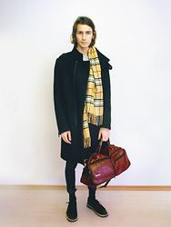 Christoph Amann - Fraas Scarf, Zara Coat, Bon Voyage Bag, Cheap Monday Jeans, Fossil Shoes - I want you with me .