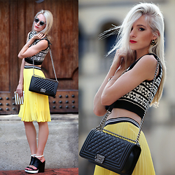 Amanda Custo - Chanel Bag, Mrp Skirt, Henry Holland Cropped Top, Chic Wish Sunglasses - Counting Blessings and Happy 2015