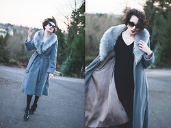 Ama Hatheway - Vintage 1970's Grey Faux Fur Collar Blanket Coat, Vintage Black Dressy Oxford Heels, Wholesale Celeb Shades Cat Eye Sunglasses - ::: The Year's Last Night :::