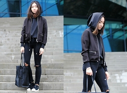 Konstanzia and Atusa Lechler - Violent Rose Hoodie, Zara Bomberjacket, Zara Bag, Adidas Sneakers - LITTLE BLACK RIDING HOOD