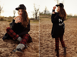 Léa W. - 5 Preview Jacket, Tally Weijl Pants, New Era Ny Cap, Ash Footwear Boots - When the sun goes down..
