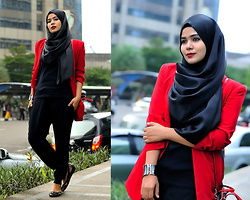 Noni Zakiah H. - Nonizakiah Red Blazer, Forever 21 Black Shirt, Zara Hareem Pant, Salvatore Ferragamo Flatshoe, Nonizakiah Satin Shawl - YUP, IT'S ABOUT RED !!