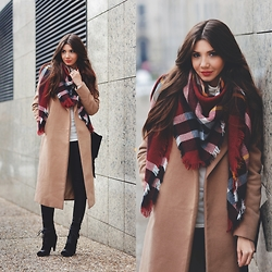 Larisa Costea - Sheinside Scarf, Missguided Coat, Kurtmann.Ro Blouse, Jessica Buurman Boots, Little Mistress Leggings - Camel and tartan