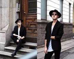 Patrick Pankalla - Casual Friday Black Blazer, H&M Fedora Hat, Stroem Long T Shirt, Won Hundred Skinny Jeans, Brett & Sons Chelsea Boots, Ray Ban Sunglasses - It's A Casual Friday