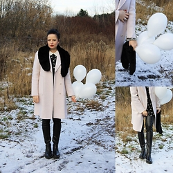 Magda M. - Zara Coat, Simple Cp Boots - White baloons