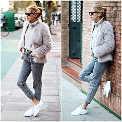 Marta M - Sheinside Fur Coat, Pull & Bear Jeans, Adidas Sneakers - Total grey