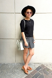 Cielo B. - H&M Top, H&M Hat, Céline Bag, Forever 21 Loafers - B & W