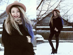 ♡Anita Kurkach♡ - Sheinside Coat, Choies Hat, Asos Leggins, Asos Scarf, Aisonman Shoes - Ellie Goulding – Love Me Like You Do.