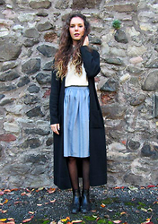Jess A - Vintage Maxi Cardigan, Vintage Striped Skirt, Vintage Roll Neck Jumper, New Look Chelsea Boots - Graveyard