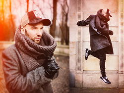 RASCAL-ROOM.blogspot.com Instagram.com/SebastianKobielski - Goorin Brothers Cap, Zara Scarf, Smith's Coat, Zara Trousers, Adidas Sneakers, Wittchen Gloves - Before the snow