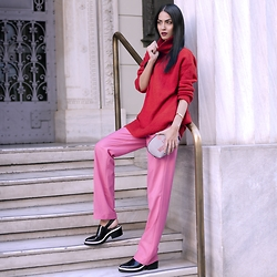 Konstantina Tzagaraki - Sweater, Moschino Purse, Pants - You can't go around feeling too much..
