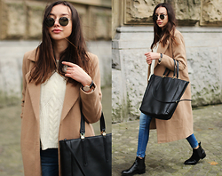 Bea G - Coat, Sweater, Jeans, Bag, Boots, Sunglasses - Everyday Wear
