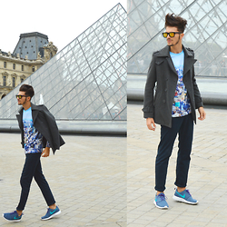 Gian Maria Sainato -  - WALKING IN PARIS...