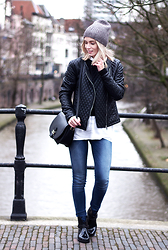 Anita VDH - Vila Black Faux Leather Jacket, H&M Denim Jeans - Basic Tuesday