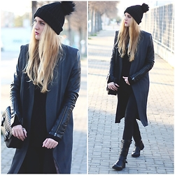 Marta M - Missguided Beanie, Zara Bag, Iclothing Boots - Grey vest