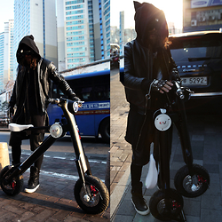 INWON LEE - Rick Owens Jacket, Byther Gloves -  Go for a ride with electonic scooter