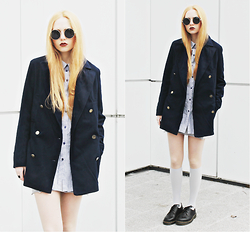 Kristina Magdalina - Oasap Coat, Oasap Sunglasses, Oasap Socks, Dr. Martens Shoes - Dark blue.