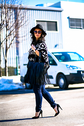 Teodora J. - Manolo Blahnik Shoes, Axparis Poncho, Zara Jeans - Sunday Funday