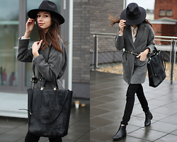 Bea G - Coat, Blouse, Jeans, Bag, Hat, Shoes - Stormy