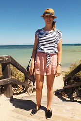 Danielle Taheny - Zara Stripe Tee, H&M Pink Shorts, Country Road Furry Espadrilles - Hunting in Heels: Summer Stripes and a Touch of Pink