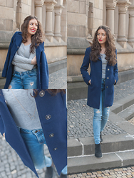 Ninachantal - United Colors Of Benetton Coat, Zara Jeans - Blue and simple