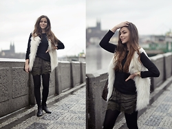 Denisa Dee - H&M Lace Silk Shorts, Guess? Fur White Vest, Gaudi Boots, Zara Black Pullover - I have a dream