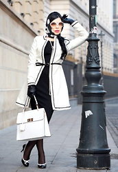Laura Veronica - Ataellier Coat, Marks & Spencer Dress, New Line Bag, Humanic Shoes - Retro style...